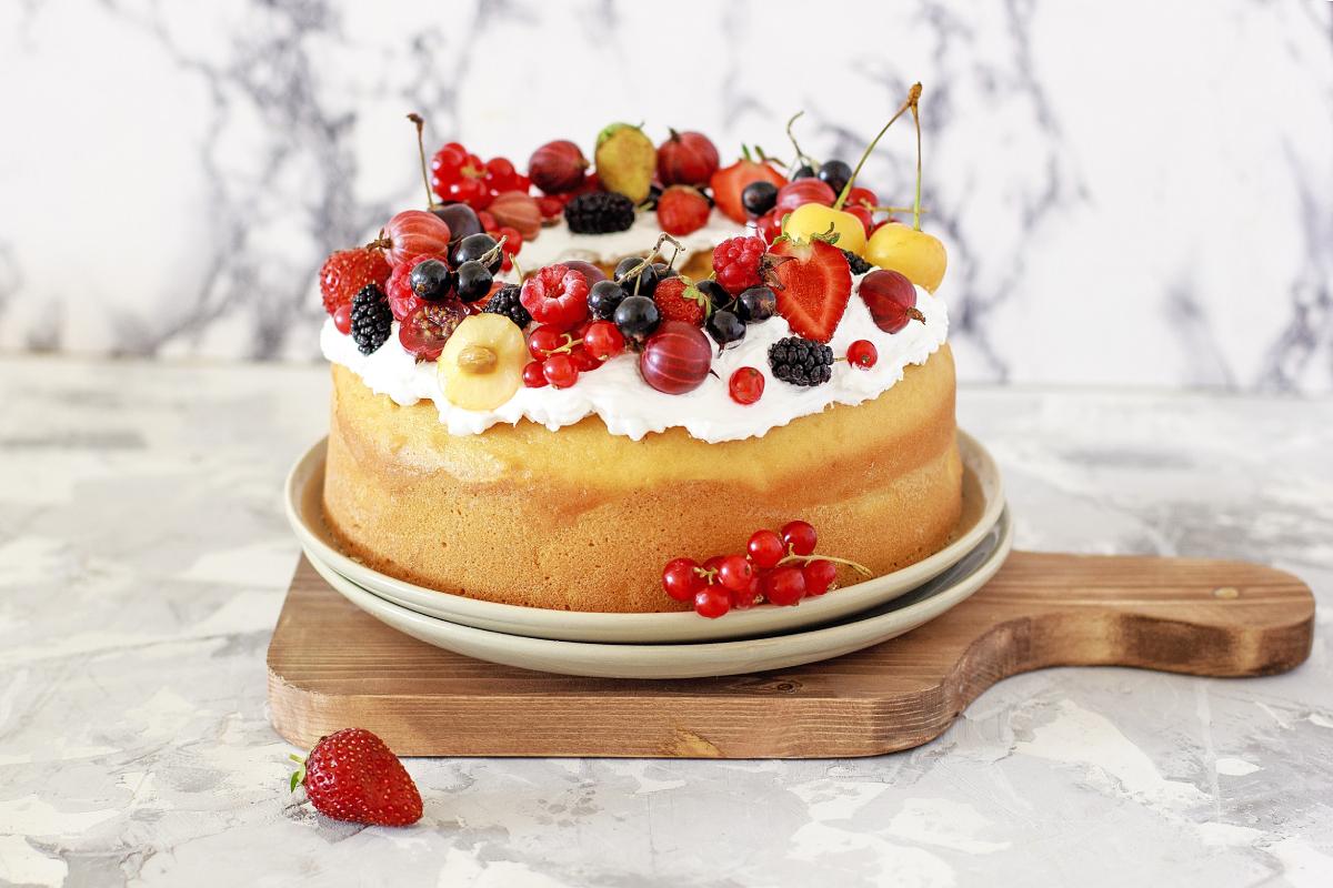 تهیه کیک با کیک پز برقی