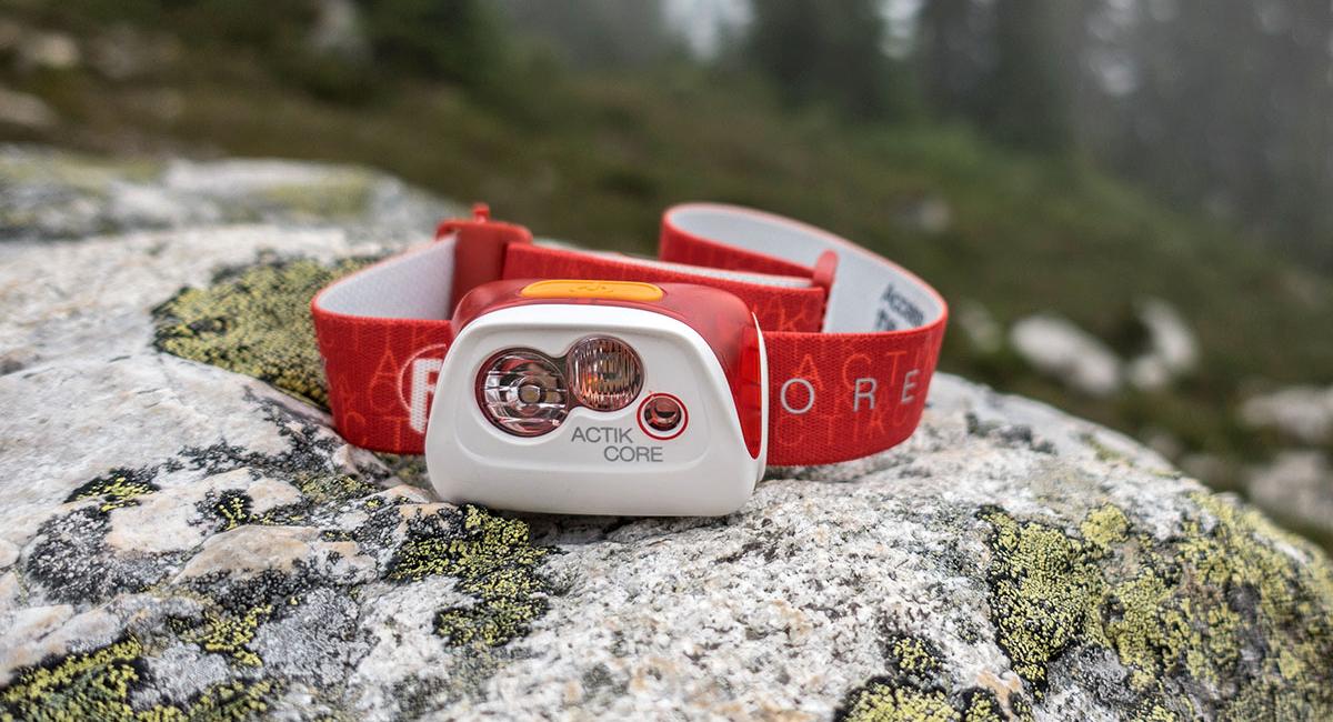 راهنمای خرید بهترین چراغ پیشانی کوهنوردی