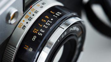 لنز دوربین عکاسی و فیلمبرداری - لیست ابزار
